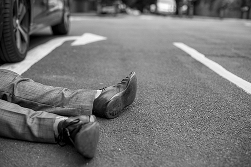 accident-asphalt-black-and-white