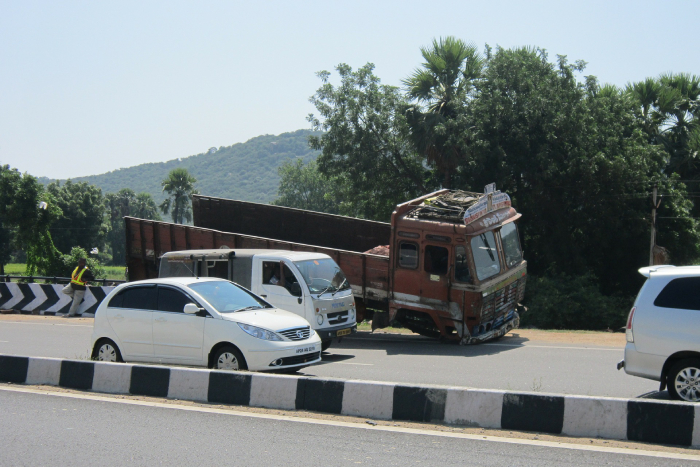 highway-accident-truck-road
